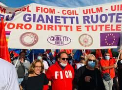 Lavoratori della Gianetti Ruote in corteo a Carpenedolo