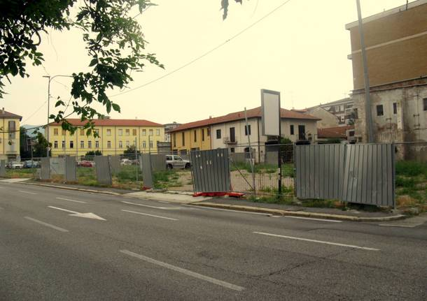 Metamorfosi urbana: via Carcano
