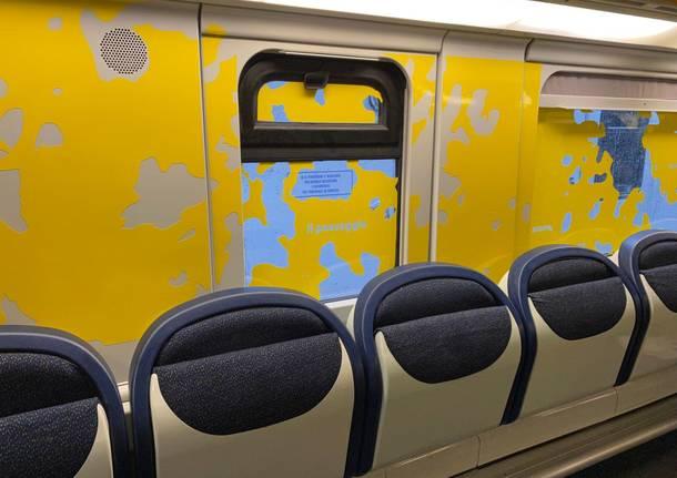 Sulle linee di Saronno le carrozze dei treni diventano opere d'arte