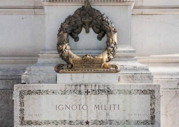 tomba milite ignoto altare della patria